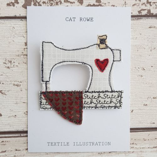 Sewing Machine Brooch - Tiny Heart Quilt
