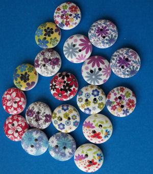 Flower Printed Design Buttons Pack of 20