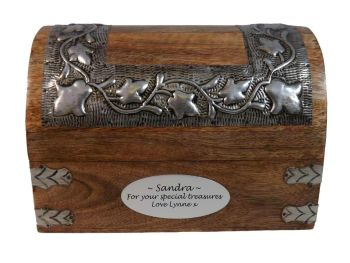 Silver Leaf Box Large - A perfect Christmas gift