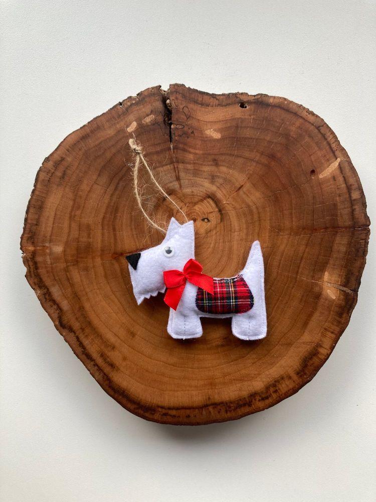 Hanging Decoration | White Scotty Dog