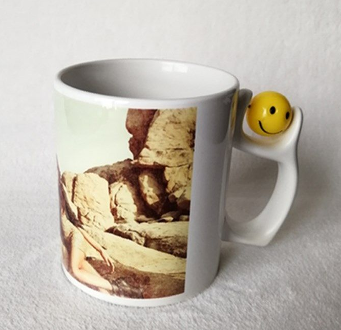 smiley-face-ceramic-mug-for-sublimation-printing