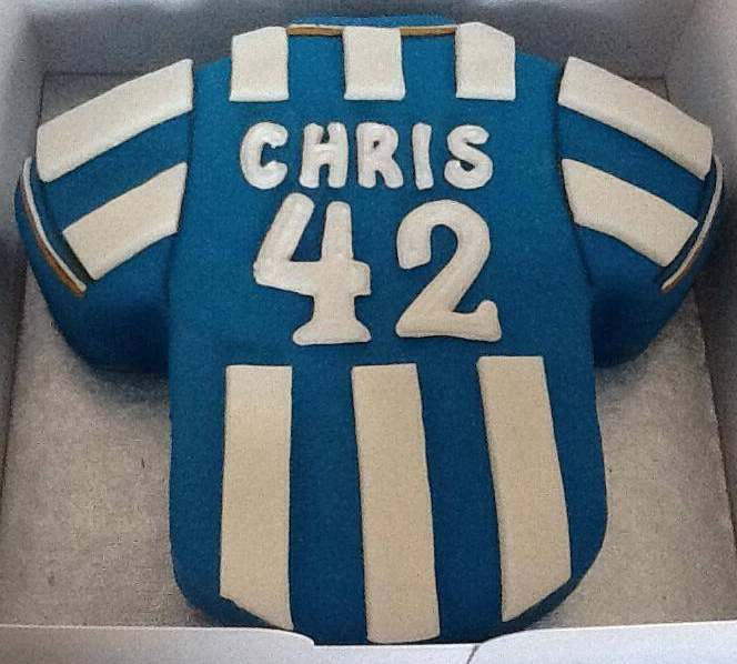 e82ce33bc Football Themed Celebration Cakes
