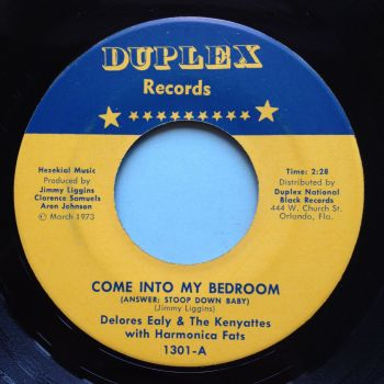 Delores Ealy with Harmonica Fats - Come into my bedroom - Duplex - Ex (slight dish - nap)