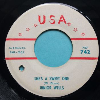 Junior Wells - She's a sweet one b/w While the cat's gone the mice will play - Ex/VG+