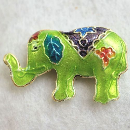 1 Handmade Cloisonne Elephant Light Green Bead