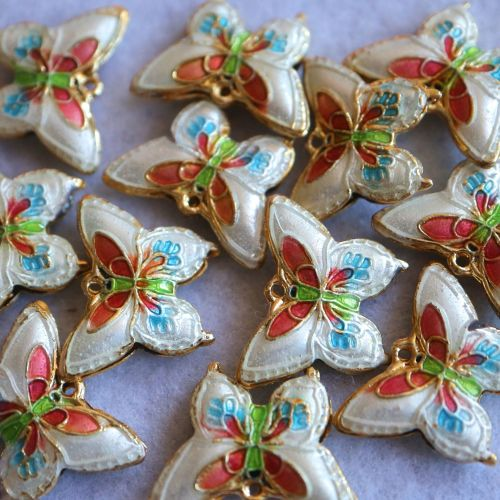1 Cloisonne Pendant Butterfly White