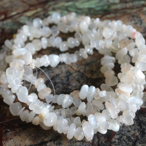 Navel Chakra White Moonstone Chips 5-8mm 20g