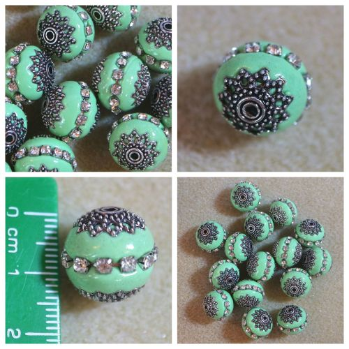 1 Green Indonesia Bead