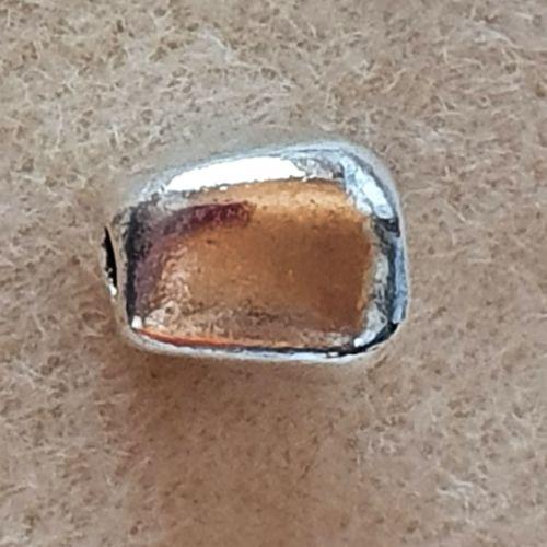 Oval Bead