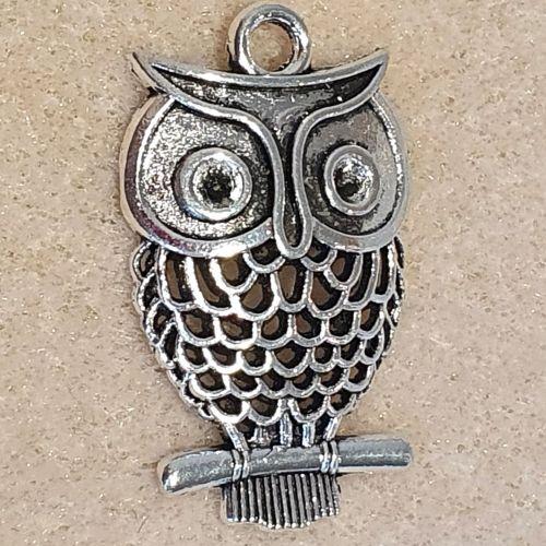 Owl Detailed Silver Colour Metal Pendant