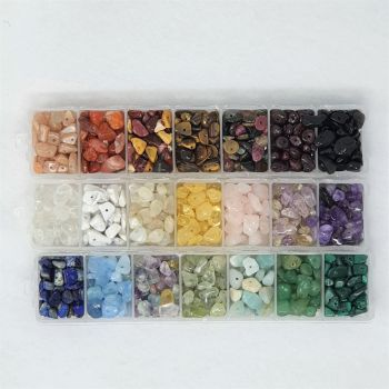 A mix of 21 different gemstone chip beads