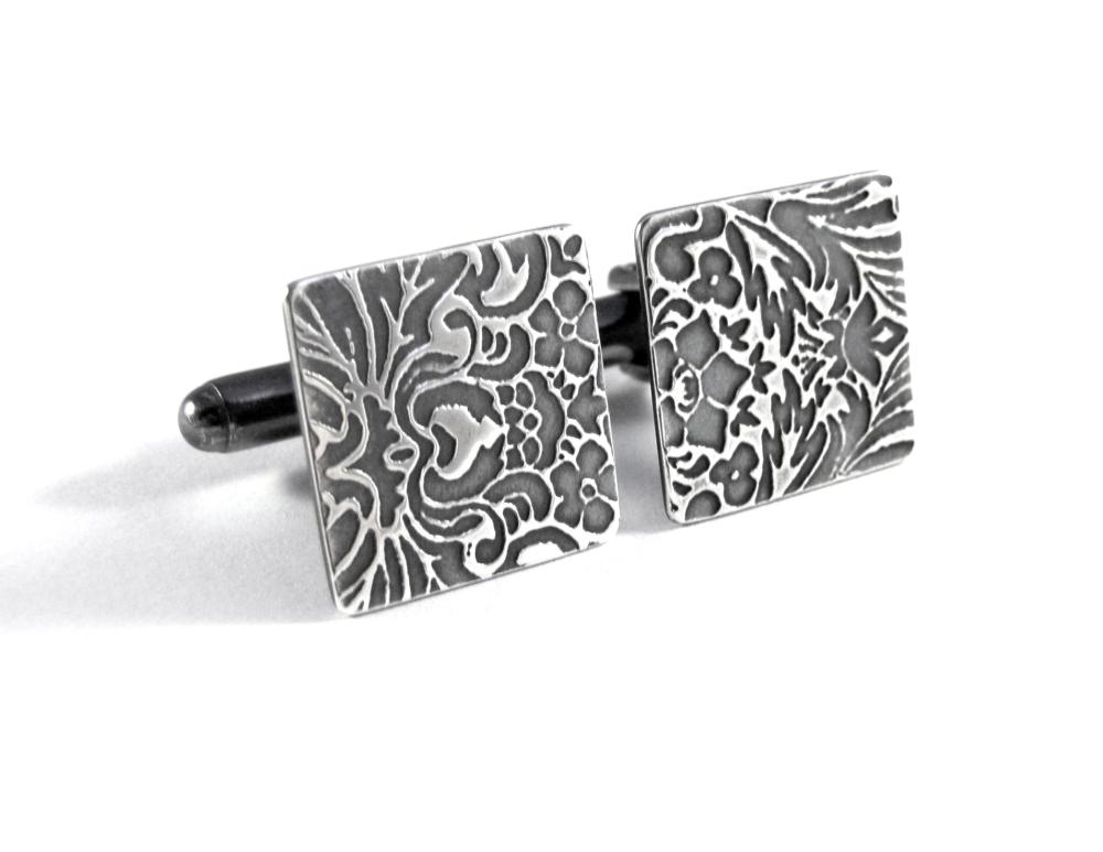 Baroque cufflinks