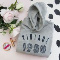 <!-- 010 -->Vintage Year Women's Slogan Hooded Sweatshirt