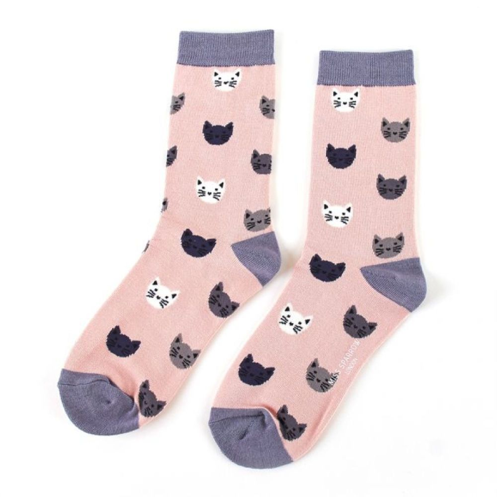 Cute Pair Of Cat Face Socks...Make A Gorgeous Christmas Gift