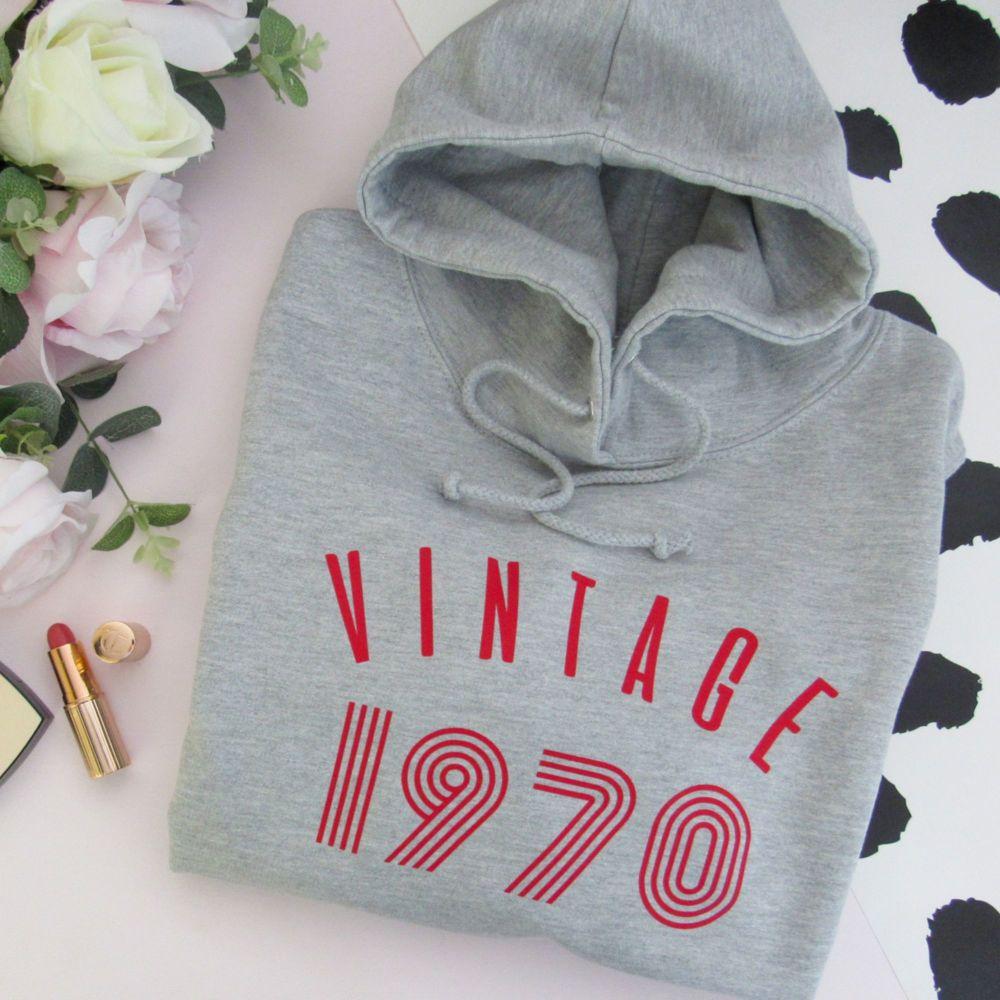 <!-- 010 -->Vintage Year Women's Slogan Hooded Sweatshirt