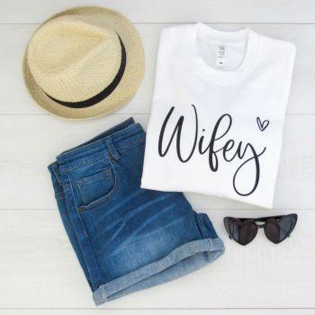 WIFEY Script Font With Heart Women's Slogan Unisex Sweatshirt Jumper