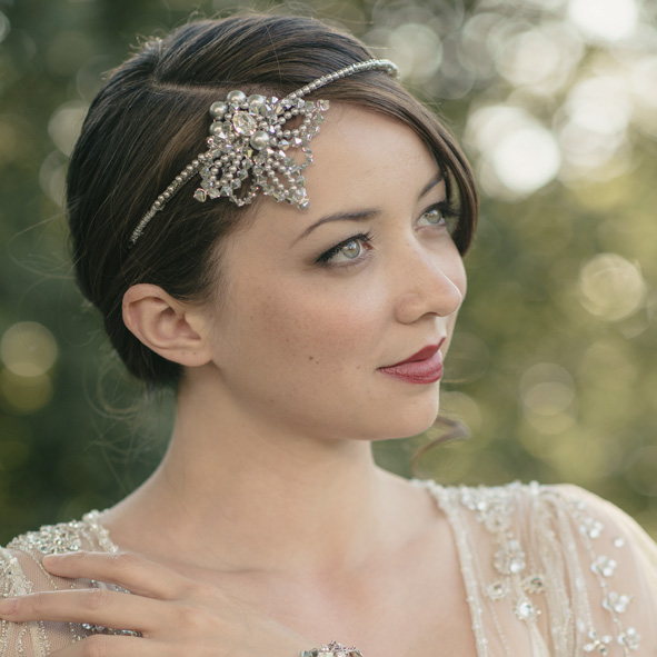 Vita Bridal Forehead Band