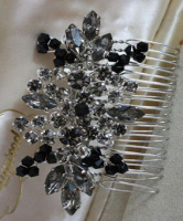 Myrtle Red Carpet Hair Comb