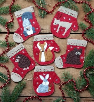 Christmas Critters Felt Kit ~ Makes 6 Ornaments
