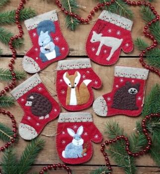 Christmas Critters Felt Kit ~ Makes 6 Ornaments