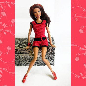 Barbie clothes crocheted red and black beach outfit shorts top and accessories