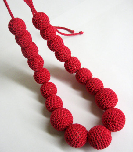 Absolutely red. Crocheted bead nursing necklace, 1pc.