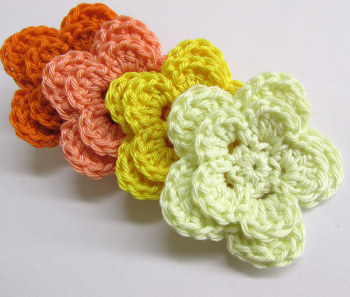 Crocheted 2-layer flowers, large, 2 inches - orange mix., 4pc.