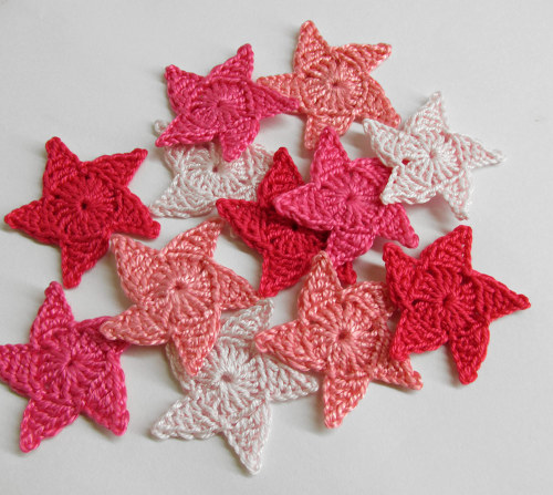 Crocheted stars, appliques, 3,5 cm, pink mix, 12 pc. (A10041)
