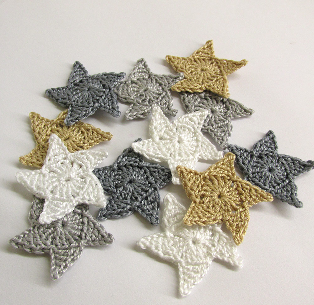Handmade stars, crocheted appliques, neutral mix, 12 pc. (A10043)