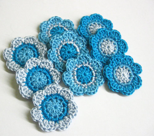 Handmade flower appliques blue 1,4 inches, 9pc. (A10079)