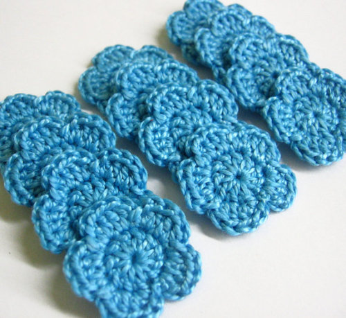 Crocheted 1 inch flowers, light blue, 12 pc. (A10080)