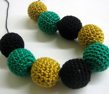 Crocheted beads 22mm, handmade round injade, golden, black,  9pc  (B20055)