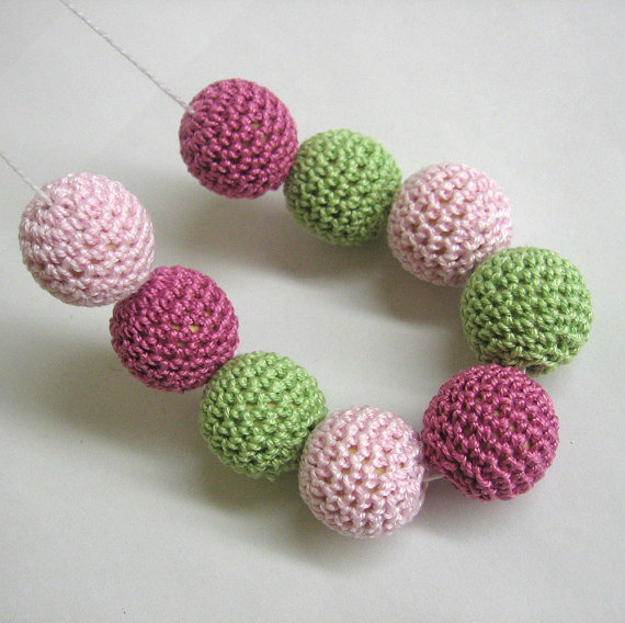 Crocheted beads 22mm, handmade round in green, pink, rose,  9pc  (B20056)