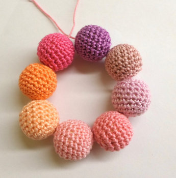 Crocheted beads 22mm, handmade round, pink mix,  8pc  (B20057)