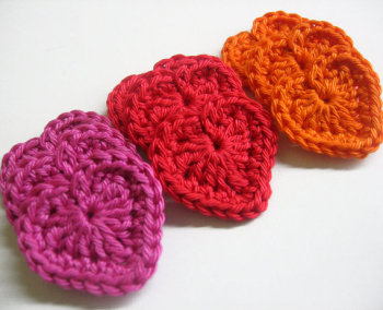 Handmade crocheted cotton hearts,pink, red, orange, 9pc. (A10082)