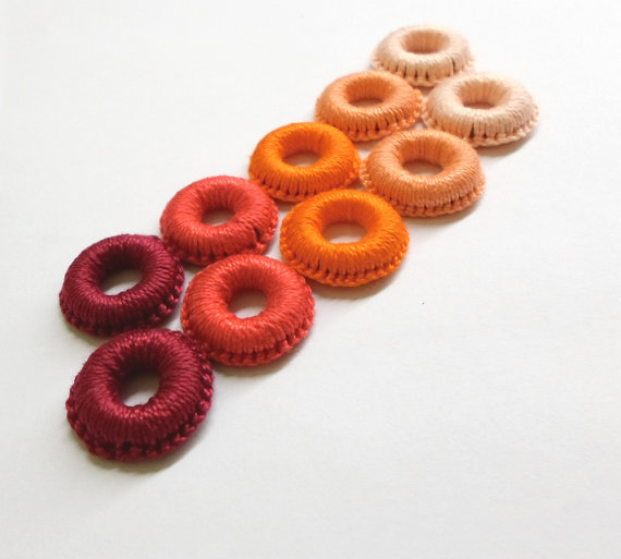 Crocheted hoops handmade wood beads, red, orange, 1 inch, 10 pc (B20061)