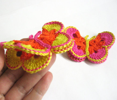 Crocheted Butterfly Appliques,colorful, 2pc. (A10084)