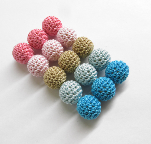 Crocheted beads 18mm handmade round, pink, blue, sand, 15pc. (B20066)