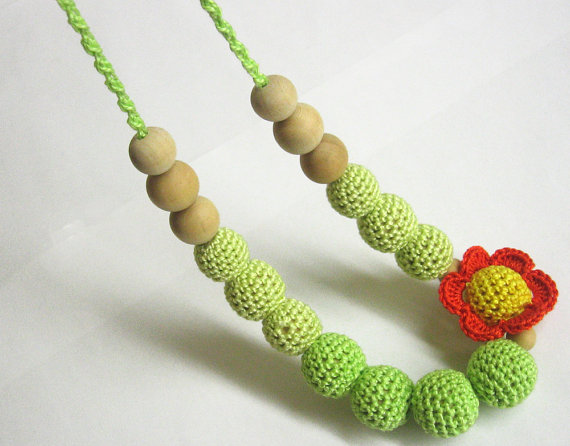 Nursing necklace with flower, 1 pc. (H80006)