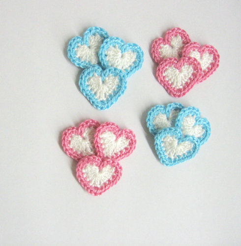 Heart appliques, 0.8 inches, white with blue and pink borders, 12pc. (A1009