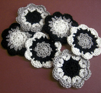 Handmade cotton flower motifs appliques in black, gray, white, 6pc. (A10098)