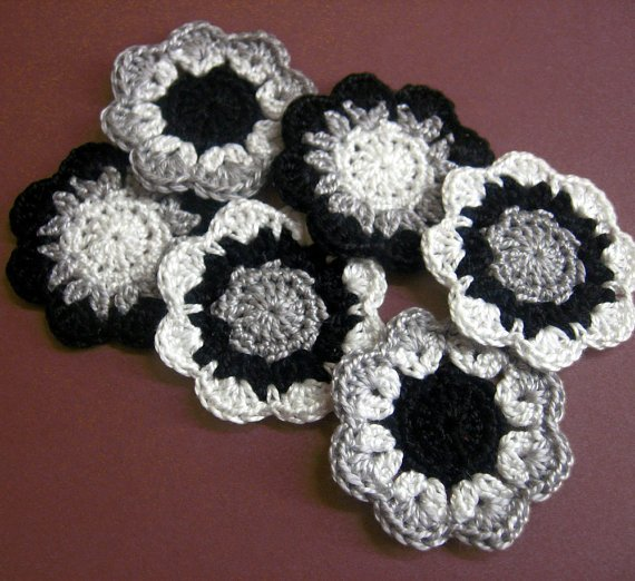 Handmade cotton flower motifs appliques in black, gray, white, 6pc. (A10098