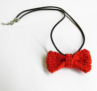 Red bow tie necklace, 1 pc. (H80009)