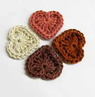 Crocheted hearts, 3cm wide, brown and cream mix, 4 pc. (A10112)