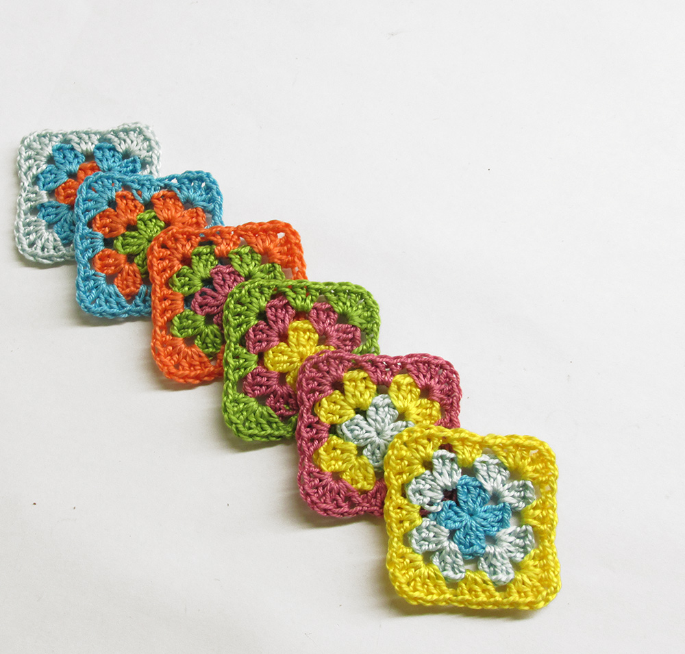 Crocheted granny squares, 1 1/2 inch, colorful mix (2), 6pc. (A10121)
