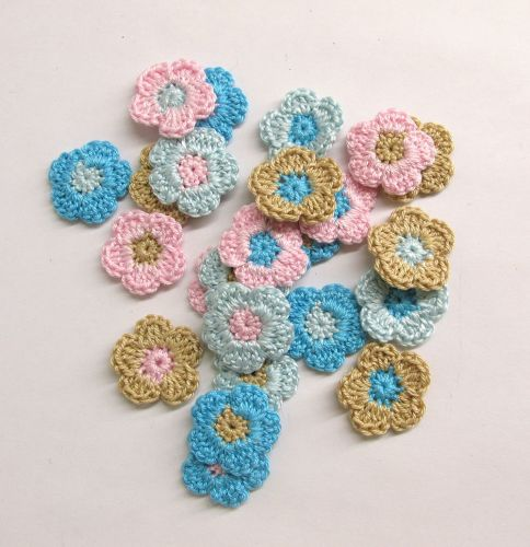Tiny crochet flower appliques 1 inch, pink blue sand mix, 24 pc. (A10148)