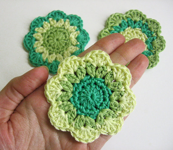 Handmade crocheted flower motif appliques in mint green and yellow 2,5 inch