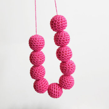 Crocheted beads 20 mm hot pink handmade round cotton on wood (B20020)