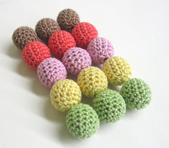 Crocheted beads 18mm handmade round set of 15, colourful mix (B20012)