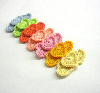 Crocheted tiny hearts 0.8 inches colorful appliques, 21pc. (A10028)